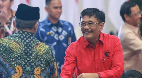 Mantan Ketua PDIP Sumatera Utara, Tersangka Suap dan Ditahan KPK