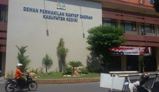 LIma anggota DPRD Kabupaten Kediri dinyatakan positif terpapar Covid-19.