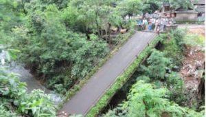 jembatan penghubung dua desa di situbondo putus