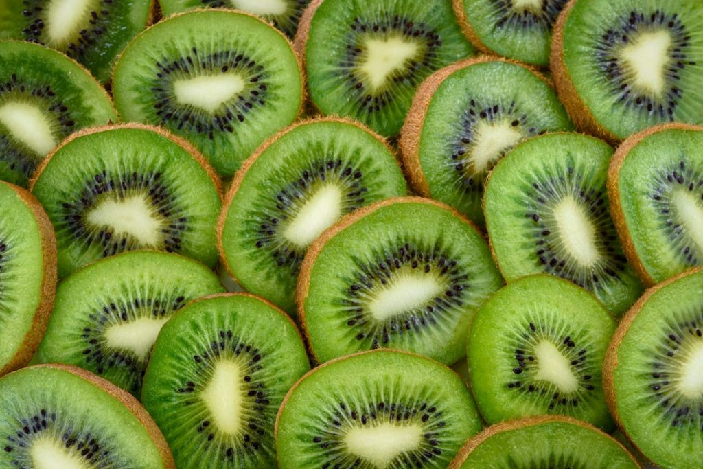 5 Khasiat Buah Kiwi Bagi Tubuh