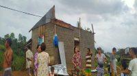 Diterjang Puting Beliung, Puluhan Rumah Porak Poranda