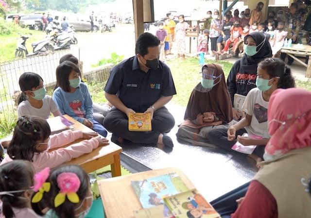 Menteri BUMN Erick Thohir Cerita Soal Masker kepada Anak-anak