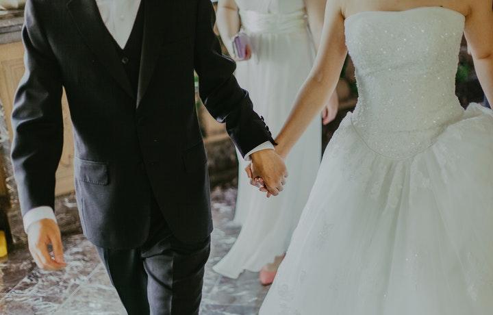 Rasa Takut Berlebih Pada Pernikahan dan Komitmen
