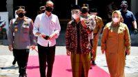 Tinjau Vaksinasi di Ponorogo, Harapan Jokowi Penyebaran Covid-19  Dihentikan