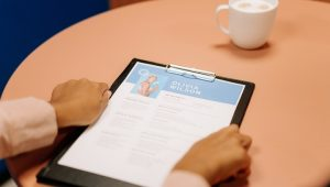 6 Tips Menulis Surat Lamaran Pekerjaan yang Baik dan Benar