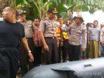 Kapolres Tuban ikut terjun langsung ke Bengan Solo