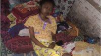 korban gempa yang tertimpa vbangunan, masih menderita belum dapat bantuan