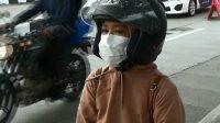 Naik Motor, Wanita Ini Mau Mudik, Menangis Karena Diminta Balik