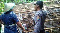 Rumah Tertimbun Longsor, Puluhan Warga Ngungsi ke Balai Desa