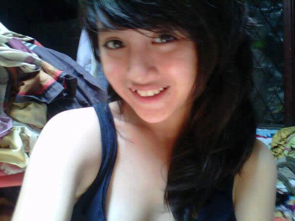 telanjang bulat