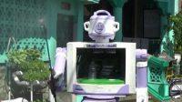Warga Surabaya Bikin Robot Penyemprot Disinfektan